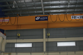 Cầu trục 40 tấn và cầu trục 20 tấn, Đông Xuyên - Vũng Tàu
